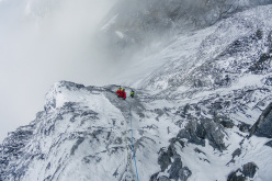 During day 1 climbing Nilgiri South, Himalaya (Hansjörg Auer, Alexander Blümel, Gerhard Fiegl)