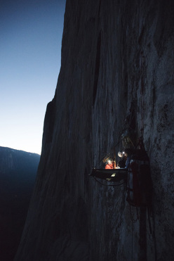 Portaledge nights: Barbara Zangerl and Jacopo Larcher during their repeat of El Nino, El Capitan, Yosemite (5.13c, 800m, Alexander Huber, Thomas Huber, 1998)