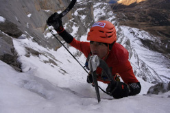Ueli Steck during his ascent of the North Face of the Eiger in 2:23