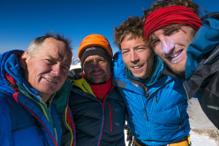 Marko Prezelj, Manu Pellissier, Urban Novak, Hayden Kennedy on top of Cerro Kishtwar