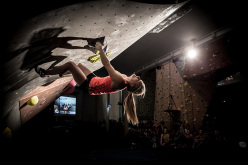 La Sportiva Legends Only 2015: Shauna Coxsey
