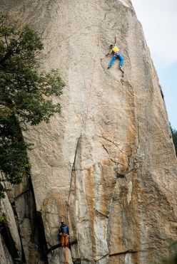 Rolando Larcher making the first free ascent of Cani e Gatti 8a+, Torri di Aimonin, Valle dell'Orco