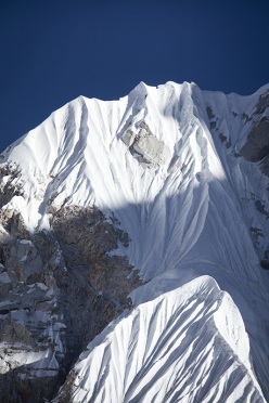 David Lama and Conrad Anker during their attempt to establish a new route on Lunag Ri