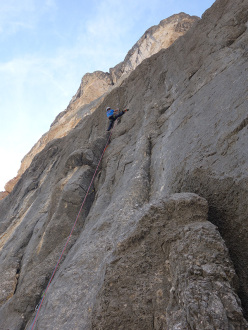 Raffaele Sebastiani dealing with the crux second pitch of Die Leiden des Jungen Werthers