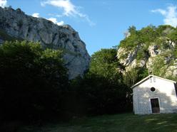 La bella falesia di Pizzoferrato nel Parco della Majella, Abruzzo.
