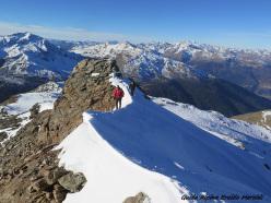 Monte Confinale, Alta Valtellina: walking along the SW ridge