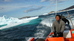 Slalom between the icebergs