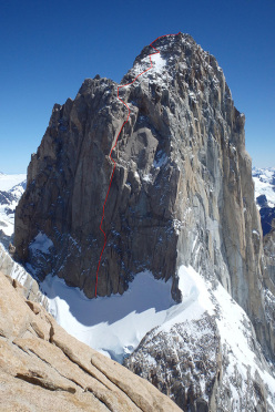 Making the first ascent of Asado (665m, 7a+, M8, A2 30-31/01/2016, Michal Sabovčík, Ján Smoleň) up the South Face of Fitz Roy, Patagonia.