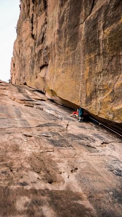Matteo Colico, Andrea Migliano, Luca Schiera, Matteo De Zaiacomo rock climbing in Ethiopia