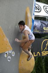 Michele Caminati durante il Sint Roc Boulder Contest 2008