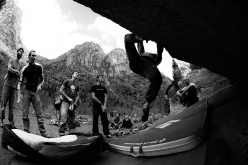 The bouldering spirit at Melloblocco