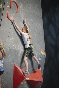 Janja Garnbret during the qualifiers of the 5th stage of the Bouldering World Cup 2016 in Innsbruck