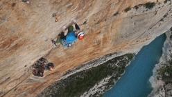 Chris Sharma and Klemen Bečan attempting the 250m multi-pitch project at Mont - Rebei in Spain