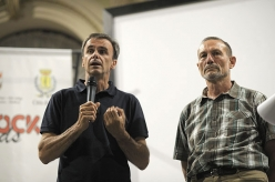 Marco Scolaris (president of the IFSC), on the right Ariano Amici (president of the Italian Sport Climbing Federation)