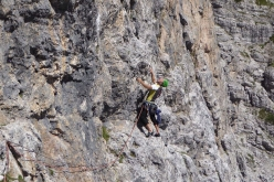 Climbing the SE Face of Torre di Babele via the Goedeke-Rien route, Civetta group, Dolomites