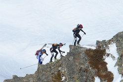 Francesca Martinelli e Roberta Pedranzini sulla cresta finale del Grand Mont.