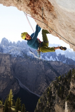 Florian Riegler and Martin Riegler making the first free ascent of their Black Pearl (8a+, 170m), Val Lunga, Dolomites