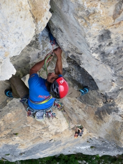Apparire o scegliere d'essere, Gola del Limarò: J.Leskovian and A. Lucchi dealing with pitch 5