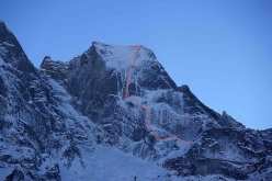 The route line of 'Amore di Vetro' (800m, M5, R), Pizzo Badile, first climbed on 16/11/2016 by Marcel Schenk and Simon Gietl