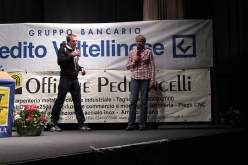 Ueli Steck with Christine Kopp at the evening talk organised by Cai di Colico on 18/11/2016