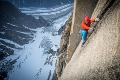 Leo Houlding during the first ascent of Reflections, (E6 6b, A3+, 1250m Leo Houlding, Joe Möhle, Matt Pickles, Matt Pycroft, Waldo Etherington, 2016) up the NF Face of Mirror Wall, Greenland