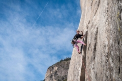 Sébastien Berthe making the second free ascent of Heart Route on El Capitan, together with Simon Castagne