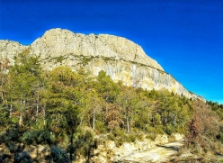 The Spanish crag Oliana