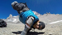 Kyle Maynard at circa 5300m on Aconcagua.