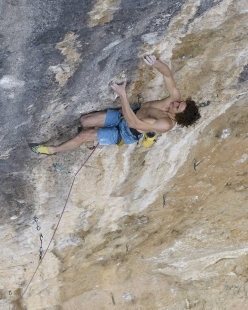 Adam Ondra climbing Pachamama 9a+ at Oliana in Spain