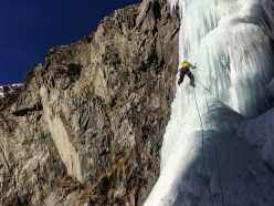 Climbing the icefall 'Waldesruh' in Ötztal, Austria