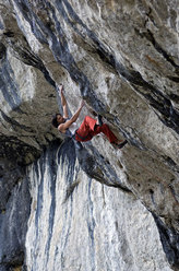 Mario Prinoth climbing at the crag