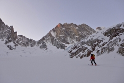 Luka Lindič and Ines Papert skinning up to the North Face of the Grandes Jorasses (4208m)