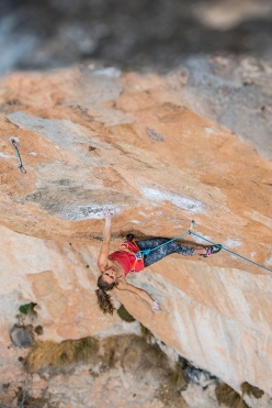 Margo Hayes climbing La Rambla at Siurana in Spain