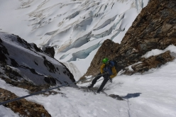 Abseiling down the SE Face of Cerro Penitentes in Patagonia
