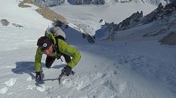 Ueli Steck training in the Mont Blanc massif for the Everest - Lhotse traverse
