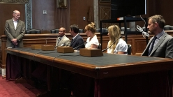 Climbers Kai Lighnter, Alex Honnold, Libby Sauter, Sasha DiGiulian e Tommy Caldwell the Senate lobbying to protect America's National Monuments