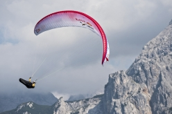 Christian Maurer durante il Red Bull X-Alps