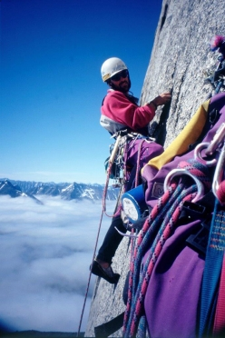 Christoph Hainz in 1996 making the first ascent of Südtiroler Profil on Mt. Ulamertorsuaq in Greenland