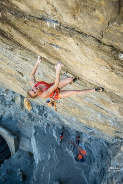 Julia Chanourdie climbing Hell'Avaro 8c+/9a at Tetto di Sarre, Valle d'Aosta, Italy