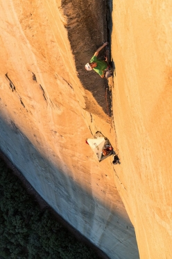 Jorg Verhoeven tackling the Black Arch pitch on the Dihedral Wall, El Capitan, Yosemite: 40 meters of technical stemming, 5.13d
