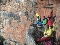 At the bivy during the first ascent of Ruby Supernova, Slanghoek Peak, South Africa (Ines Papert, Joseph Pfnür, Luka Lindič e Paul McSorley June 2017)