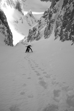 Climbing up the North Gully towards forcella Sasso Levante, Langkofel