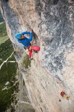Simon Gietl climbing his Oblivion, first ascended with Andrea Oberbacher up Piz Ander in the Dolomites