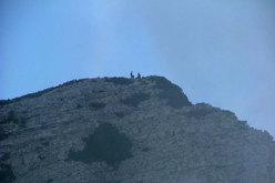 Pietro Dal Prà e Alessandro Rudatis in cima allo Spiz di Lagunaz, Pilastro Ovest – Pale di San Lucano (Dolomiti).