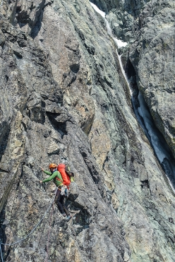 Michael Rinn leading on day 1, 4 August 2017, of the first ascent of Game of Thrones (ED2, 1250m) up the South-West Pillar of Monarch Mountain, Canada