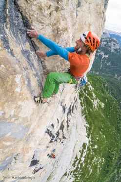 Hannes Pfeifhofer and Lisi Steurer making the first ascent of Hakuna Matata (8a, 400m), Taè South Face, Dolomites