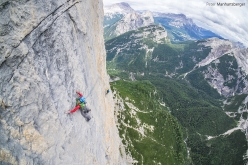 Lisi Steurer and Hannes Pfeifhofer making the first ascent of Hakuna Matata (8a, 400m), Taè South Face, Dolomites