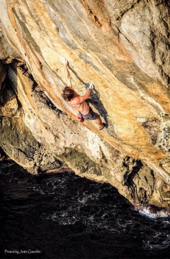 Chris Sharma sulla sua Deep Water Solo 'Big Fish' 8c+/9a a Soller, Maiorca