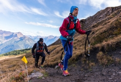 Tor des Géants 2017: athletes heading to colle Champillon