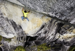 Silvestro Franchini climbing the beautiful second pitch of Fessura del Caret in Val di Genova